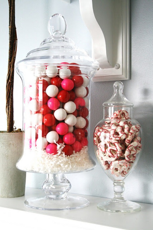 Wonderful 17 cool valentine s day house decoration ideas with red white candy and white table and wall color