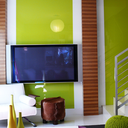 Back painted glass walls are moving into our homes for Back painted glass design
